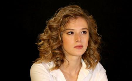Ne staje, ima energije za troje: Milena Radulović u ludom noćnom provodu