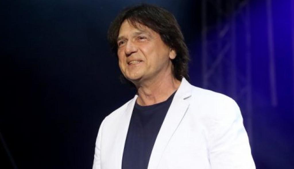 Paralelna ljubavna priča Zdravka Čolića - veliki hit otpevao za ovu glumicu!