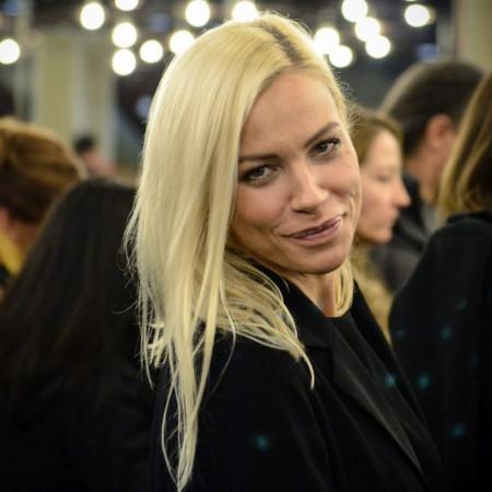 Bez trunke šminke: Kristina Bekvalac podelila fotku iz kreveta