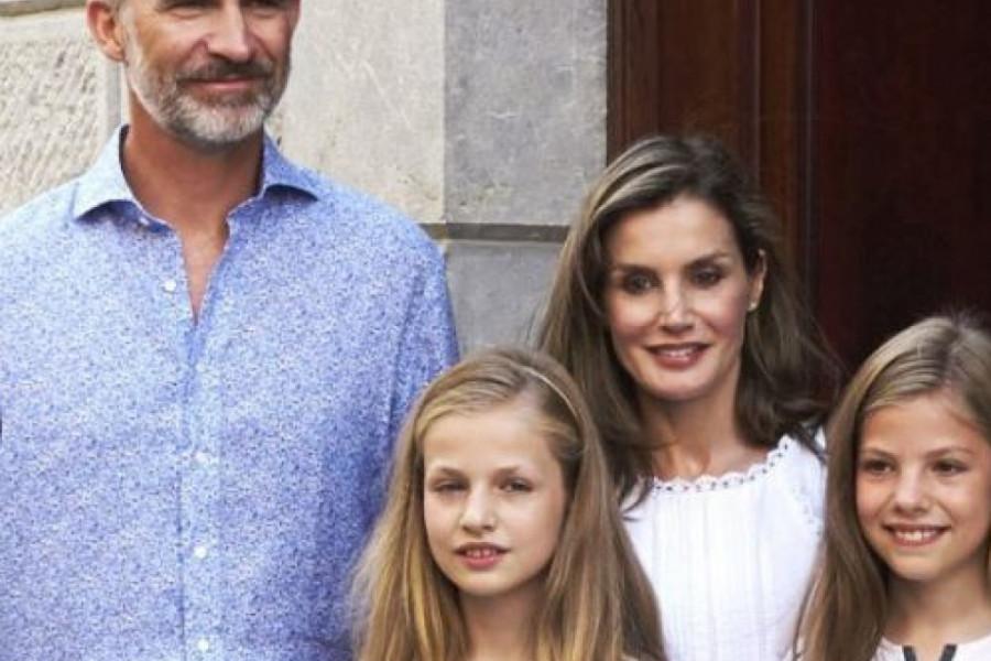 Kralj Filipe i kraljica Leticija: Porodično letovanje na Majorki (foto)
