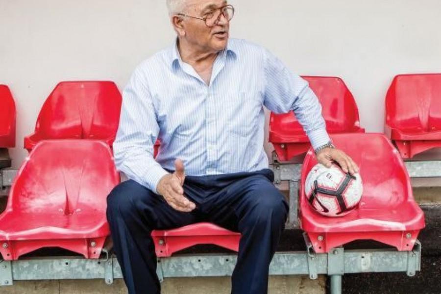 Milan Živadinović: Sendvič sa šunkom i parfemom