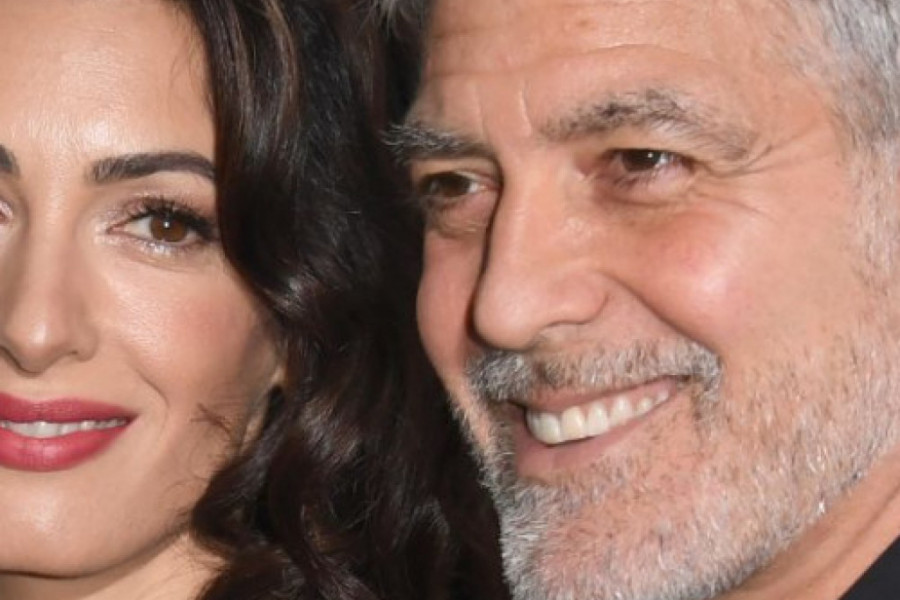 Galantni domaćini Džordž i Amal Kluni: Vodeni taksi, luksuzni restoran i Gucci haljina za Mišel i Baraka Obamu (foto/video)