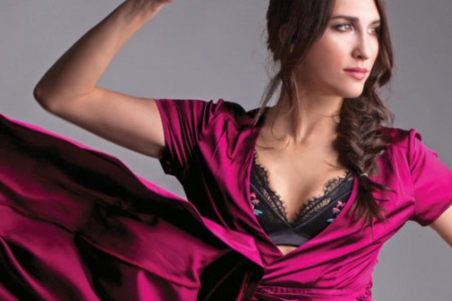 Jelisaveta Orašanin: Najveselija kuma u seksi haljinici (foto)