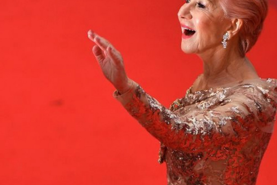 Helen Miren: Raskošna zlatna haljina za šetnju Kanom (foto)