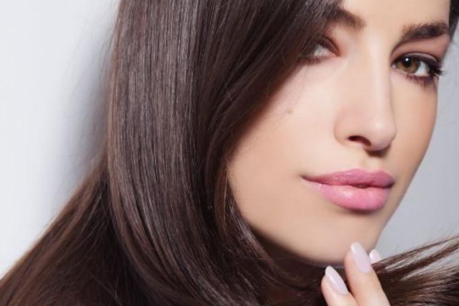 Prirodna maska: Najbolji način da oporavite kosu posle zime