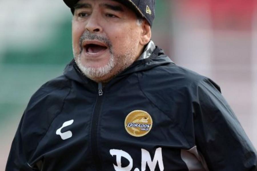 Hitna operacija zbog unutrašnjeg krvarenja: Maradona ponovo u bolnici