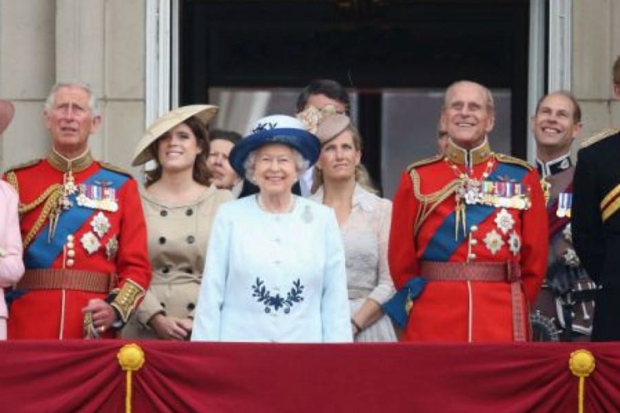 Ljubav na prvi pogled: Na britanskom dvoru vreme je za slavlje, najdugovečniji brak i dalje traje!