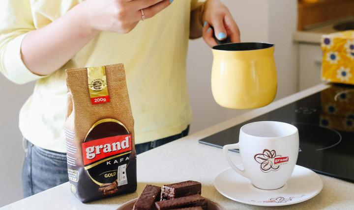 Omiljena rečenica za početak dana: Stavi kafu!