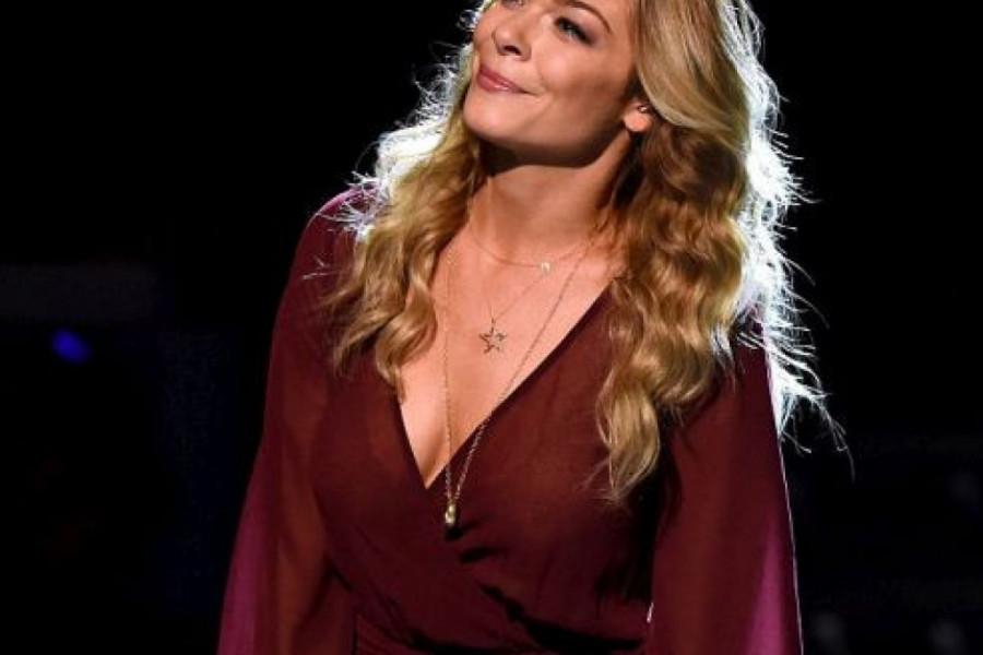 Pevačica Lijem Rajms ne stidi se svog tela: Mislili su da izmišljam! (foto)