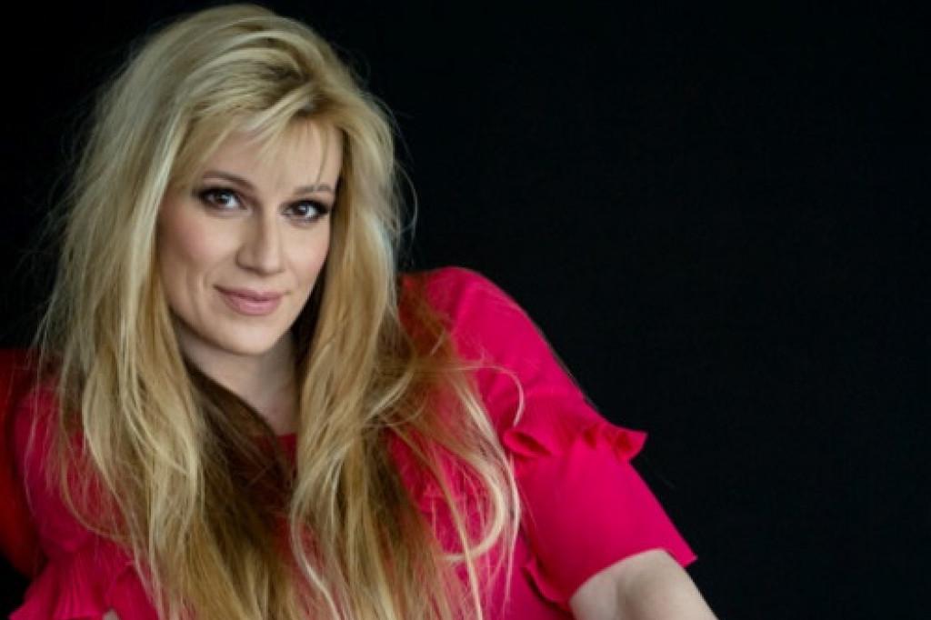 Emotivna ispovest glumice Mine Lazarević: Nisam mogla ni da govorim, ni da pevam!