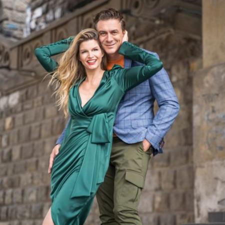 Neke ljubavi jednostavno traju: Jelena Tomašević i Branislav Tomašević obeležavaju 14. godišnjicu braka!