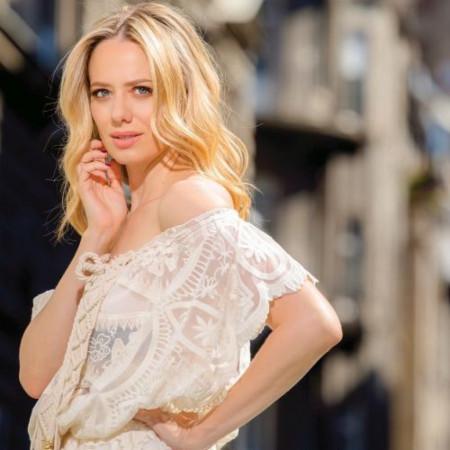 Jelena Veljača spremna da po treći put stane na ludi kamen: Verujem u ljubav, želim brak!