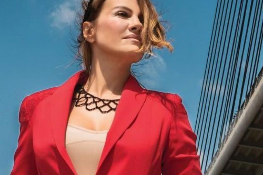 Njoj godine ne mogu ništa: Prelepa voditeljka Maja Nikolić je sinonim za prirodnu lepotu!