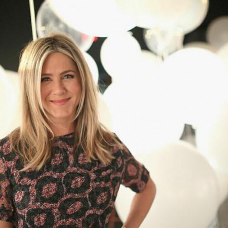 Dženifer Aniston savršena i na virtuelnoj dodeli Emi nagrada! (video)