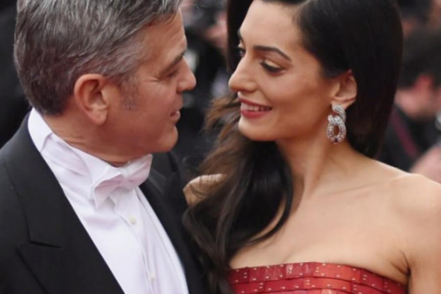 Amal nastavlja opasnu igru - Izbacila je supruga Džordža Klunija iz porodične kuće?