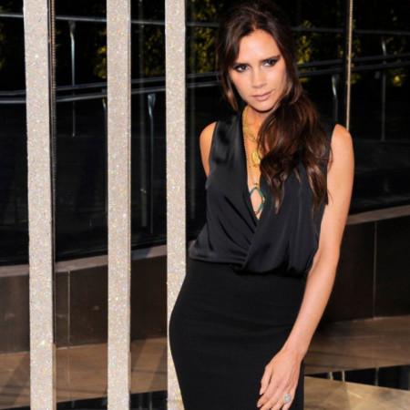 Viktorija Bekam u novoj jesenjoj haljini - odmah ćete poželeti da je kupite!
