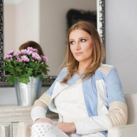 Nakon duge i iscrpljujuće borbe poznata pevačica Mira Škorić uspela je da pobedi opaku bolest!