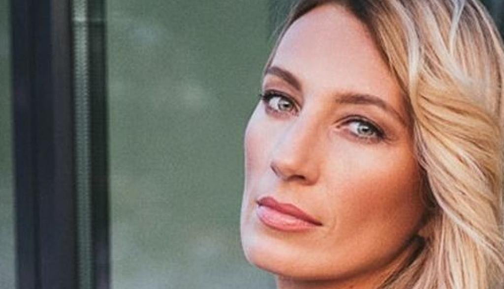 Dodir melanholije i duh osamdesetih u novoj pesmi Ane Stanić