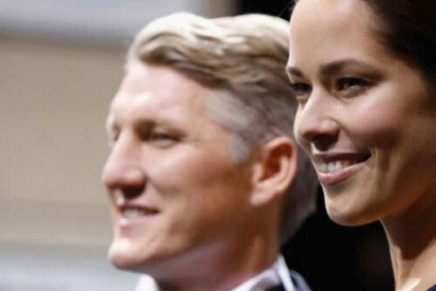 Ana Ivanović i Bastijan Švajnštajger proslavili 4 godine braka: Evo šta je fudbaler poklonio supruzi (foto)