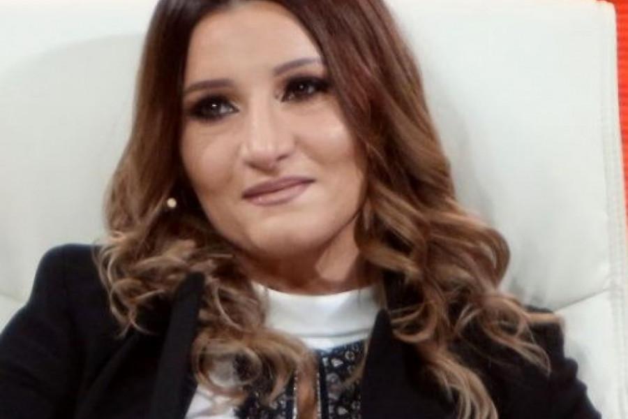Ovako izgleda ćerka Mire Škorić: Liči na mamu, ali je krenula očevim stopama (foto)