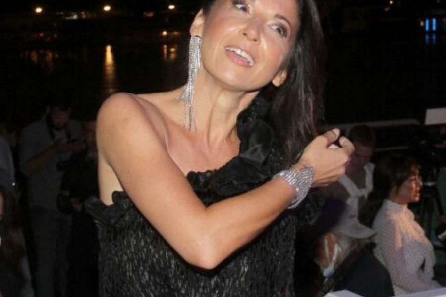 Prepoznatljiv osmeh ponovo zablistao na njenom licu - Sanja Marinković slavi!