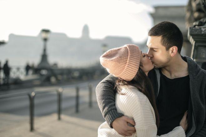 Ljubavni horoskop za 14.februar: Uživajte u carstvu ljubavi i uz voljenu osobu