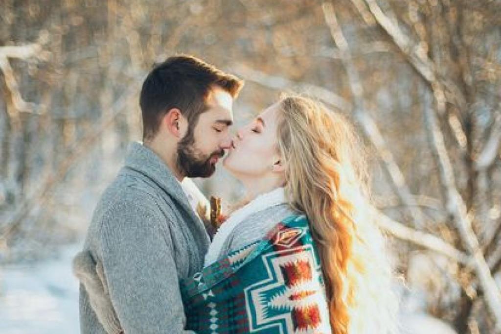 Ljubavni horoskop za 24. januar: Odnos sa partnerom funkcionisaće bez teškoća