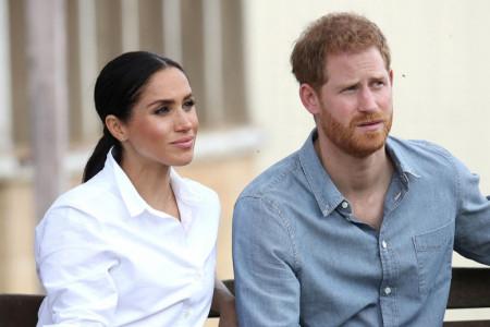 Princ Hari ponovo u Velikoj Britaniji, ali bez supruge Megan Markl - Šta se krije iza svega?