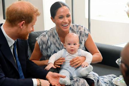 Da li će Arči pomiriti kraljevsku porodicu i princa Harija?