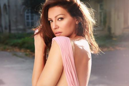 Mladost ludost: Nina Badrić u društvu tri muškarca