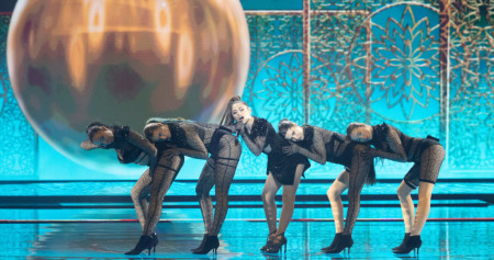 Ljubavna priča iza kulisa Evrovizije: Kako se boriti protiv seksi konkurencije?