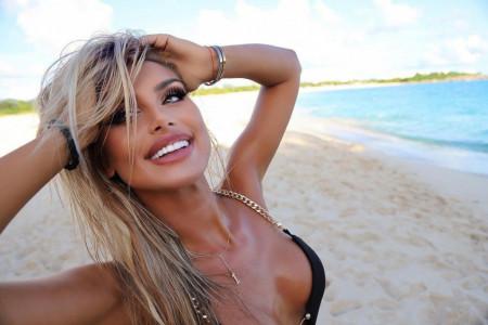 Ivana 'Boom' Nikolić na zasluženom odmoru u Dubaiju, a ko joj pravi društvo? (foto)