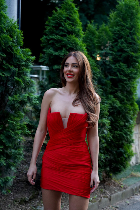 Možda je preterala ovog puta? Anastasija Ražnatović sa nikad većim dekolteom! (Foto)