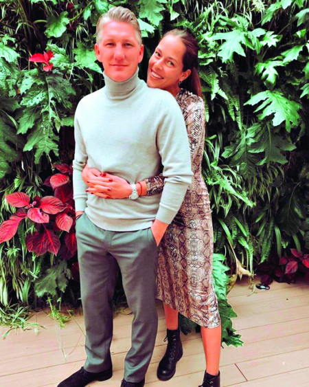 Ana i Bastijan proslavalju pet godina ljubavi: neobjavljena fotka sa venčanja oduševila sve!