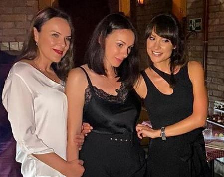 Lepotice na kub: tri sestre Mićalović u provodu