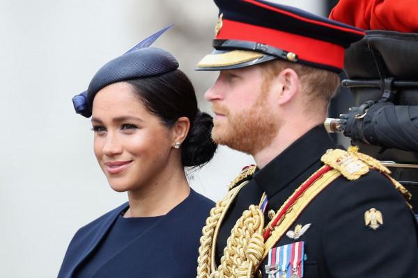 Mesec dana po dolasku bebe počele su nevolje… Osetljiva Megan ili neoprostiva drskost princa Harija?